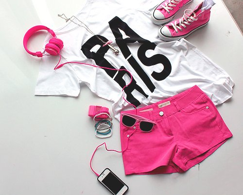 beautiful, bow, braclets, clothes, clothing, converse, fashion, funny, headphones, hot short, hotpants, iphone, lovely, mobile, necklace, nice, outfit, paris, phone, photo, pink, pretty, ribbon, shoes, stupid, summer, sun, sunglasses, table, white, wire
