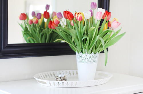 bright, clean, colors, colourful, decor, decoration, flowers, interior, interior design, lovely, mirror, nice, organized, pretty, room, simple, spring, table, tulips, white