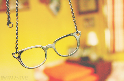cool, cute, fashion, glasses, gold, necklace, orange, yellow