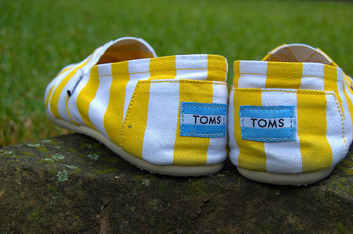 cute toms, toms