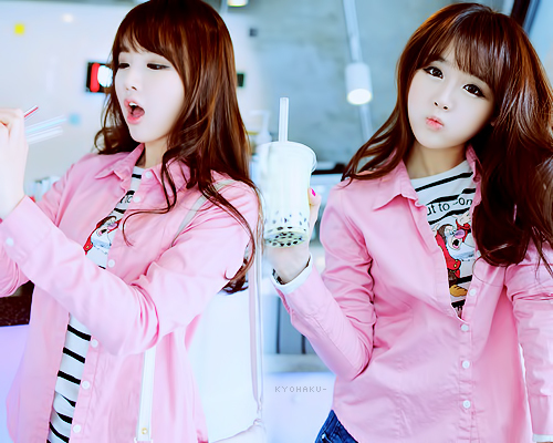 girl, hair, jeans, kfashion, kim shin yeong, korean, pink, ulzzang