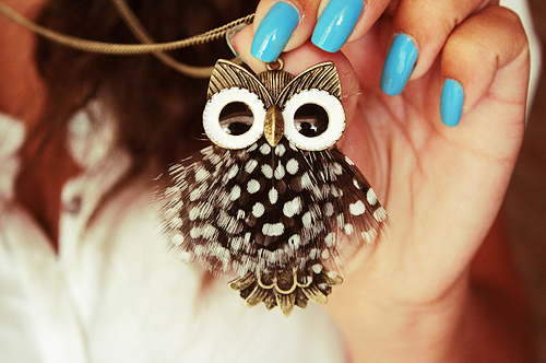 girl, hand, nails, neckles, owl