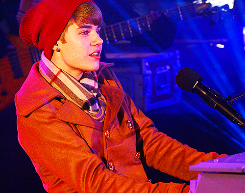 aww, boy, cute, hot, justin bieber, kidrauhl, performance, young