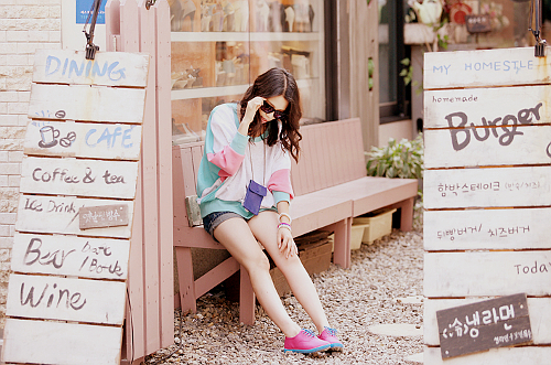 bar, bear, cafe, coffee, cute, fashion, girl, hot, kawaii, kfashion, pretty, sneaker, sweater, tea, ulzzang, ulzzang girl, wine