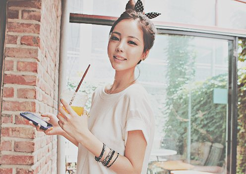 bracelet, buns, drink, fashion, hair, hot, kawaii, kfashion, orange juice, phone, polka dot, pretty, ribbon, rock, shirt, ulzzang, ulzzang girl
