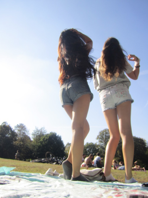 friends, girls, hot, legs, long hair, shorts, summer, summer 2011, sun