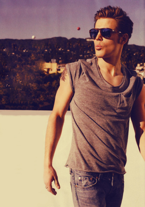 adorable, amazing, beautiful, boy, boyfriend, hair, hot, hott, hottest, jeans, man, model, paul wesley, photography, pretty, sexy, stefan salvatore, summer, swag, sweet, the vampire diaries