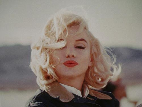 beatiful, cute, fashion, girl, hair, marilyn monroe, nature, sexy, style, vintage