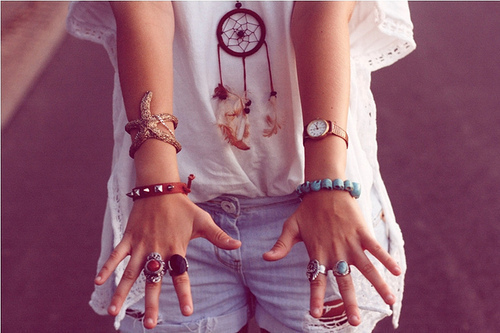 bow, bra, bracelets, corset, cute, dreamcatcher, fashion, girl, handbag, heels, high waisted, jeans, leopard, litas, moschino, outfit, photography, print, rings, sequins, short, shorts, summer, watch, wedges, xjolien