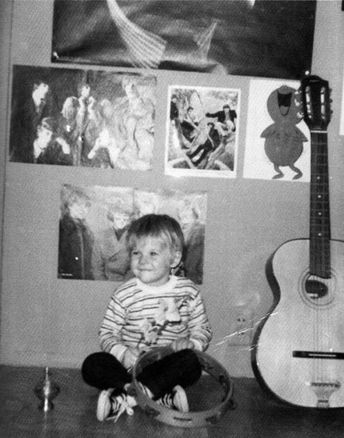 b&w, baby, band, beautiful, beauty, black and write, crianca, cute, eyes, guitar, hair, kid, kurt, kurt cobain, kurt donald cobain, my angel, my hero, nirvana, perfect