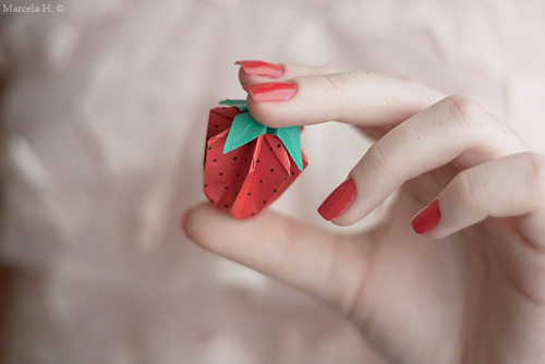 awesome, beautiful, beauty, cute, girl, green, hand, nail art, nails, paper, pink, red, strawberry