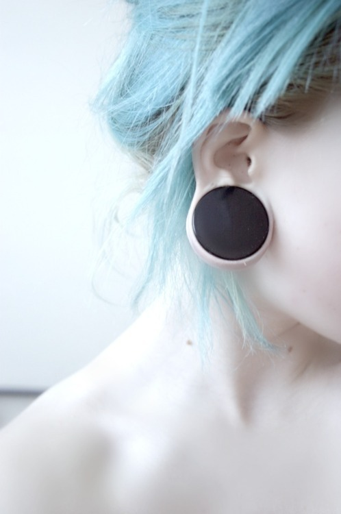 alternative, alternative girl, black plugs, blue, blue hair, cool, ear, emo, expansion, girl, hair, piercing, plug, plugs, pretty, scene, skin, tattoo, tumblr, white