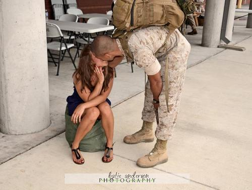 usmc, army, couple, kiss