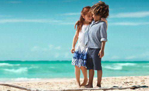 a little girl, a little love, beach, beautiful