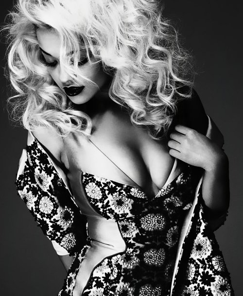 alternative, amazing, artist, awesome, beautiful, blond, england, hair, long hair, makeup, ora, punk, rita, rita ora, rock, style, uk