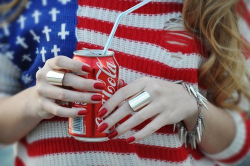 american, beautiful, coca cola, coca-cola, fashion, flag, hair, nails, new york, nice, perfect, photography, shirt, summer, sweater