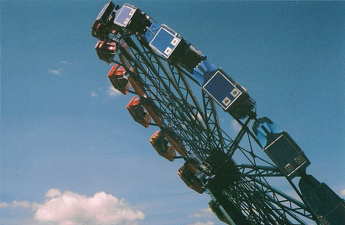 amusement, blue, carousel, carrusel, clouds, ferris wheel, rueda de la fortuna, sky
