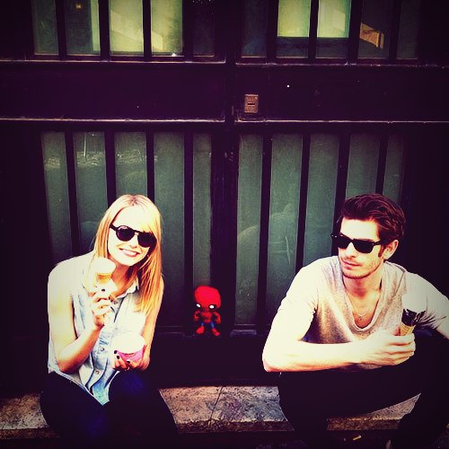 So in love: Spider-Man andrew garfield and emma stone cute