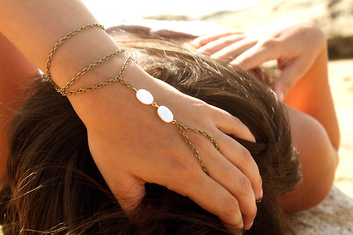art, beach, beautiful, bohemian, boho, bracelet, chic, cool, cute, fashion, fun, funny, girl, girly, hippie, hipster, inspiration, jewelry, model, nature, photo, pretty, sea, shore, slave bracelet, style, summer, vacation, vintage, white