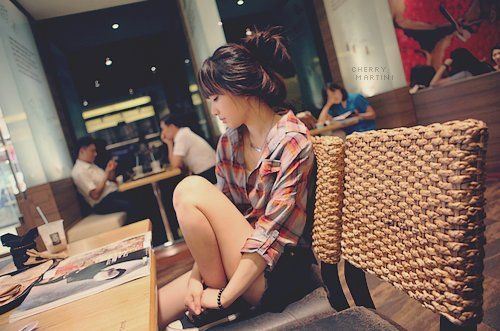 asian, asian fashion, bun hair, cafe, casual, cute, fashion, hair, korea, korean, magazine, plaid, pretty, reading, short, stylish, thin