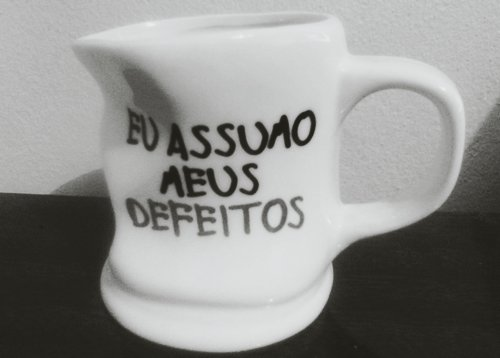 assumo, awesome, black and white, defeitos