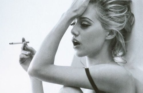 beauty, blonde, brittany murphy, girl, love, sad, smoke, smoking