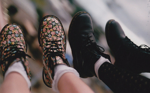boats, dr martens, fashion, flowers