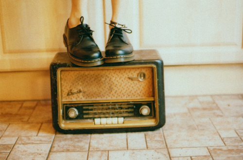 brogues, docs, girl, hipster, indie, laces, photography, photogrpahy, pretty, radio, tiles, vintage