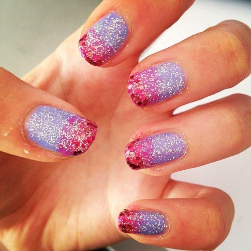 dark pink, glitter, lavender, lilac, manicure, ombre, pink, purple, sequin