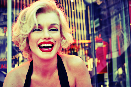 marilyn monroe, laugh, sexy, smile - image #525608 on ... Marilyn Monroe Laughing Pictures Tumblr