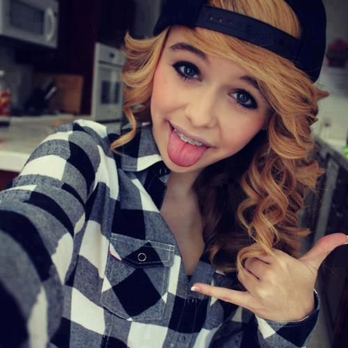 who is acacia clark dating 2014