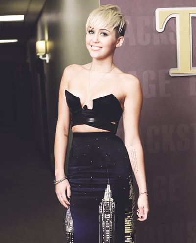 Miley Cyrus Dresses 2013 Beautiful Dress Miley Cyrus