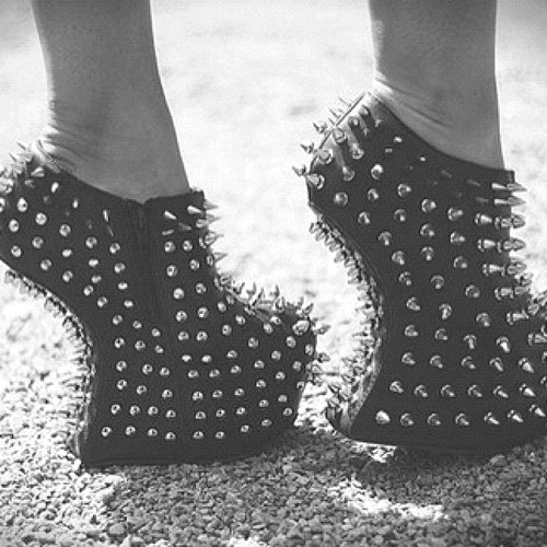black, black and white, cool and fashion