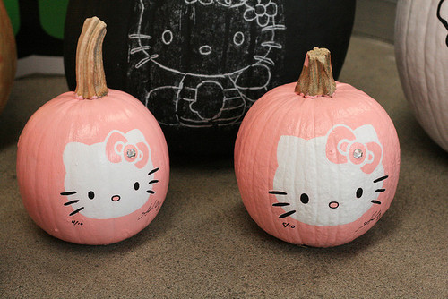 Cute hello kitty love pink image 645218 on for Pumpkin kitty designs