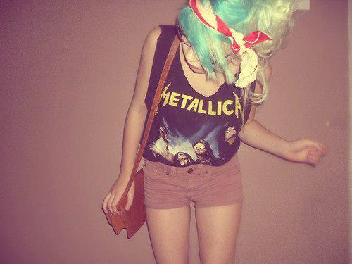 <3, band tees, colored hair, edgy, fashion, fuck it, girl, gothic, green hair, grunge, grunge fashion, hipster, hipster style, i'm young, indie, metallica, music, pretty
