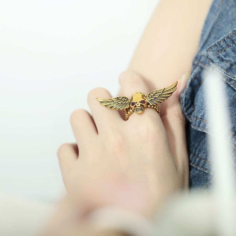 accessories, antique skull rings, beautiful and chic