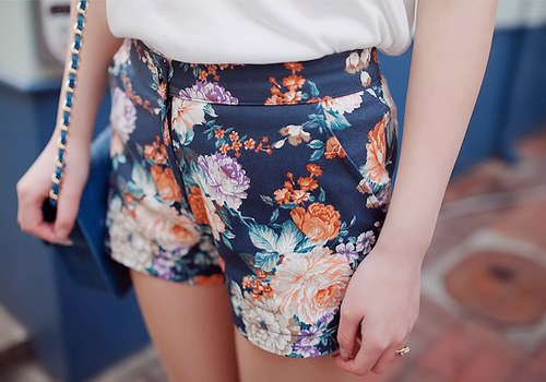 asian fashion, colour, cute, fashion, flowers, girl, icon, korean, korean fashion, shorts, street look, style, ullzang, ulzang, ulzzang