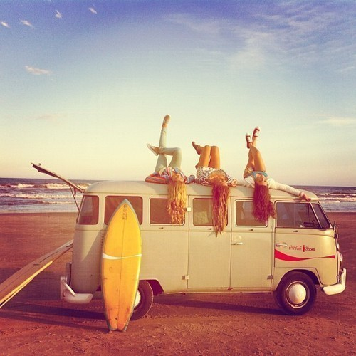 beach, friends, girls , hippies