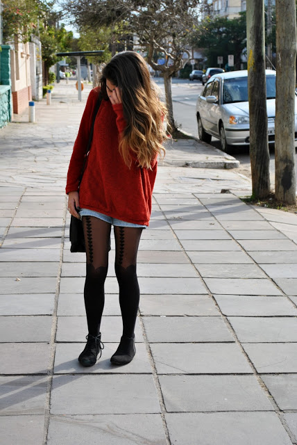 blonde, brunette, cute, fashion, girl, girly, hair, heart, hearts, lovely, outfit, pretty, shorts, street, streetstyle, sweater