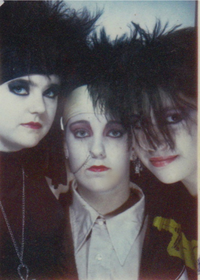 1987, dark-siders, girls, goth, gothic, old school, pale, photo booth, portrait