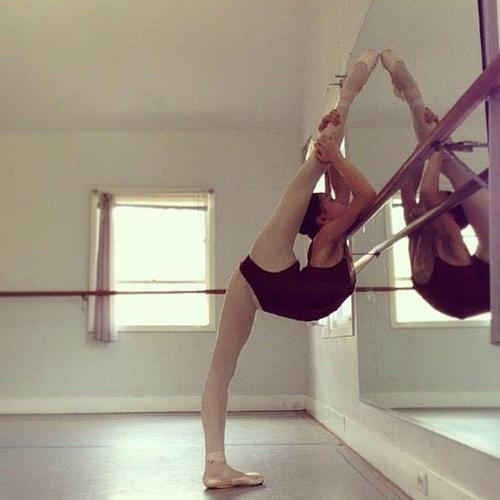 ballet, black and white, clothes, dance, fashion, fexible, girl, love, omg, passion, perfect, streching, vintage