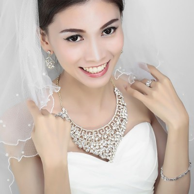 bridal necklace sets, bridal prom jewelry set, gold bridal necklace sets and gold prom jewelry set