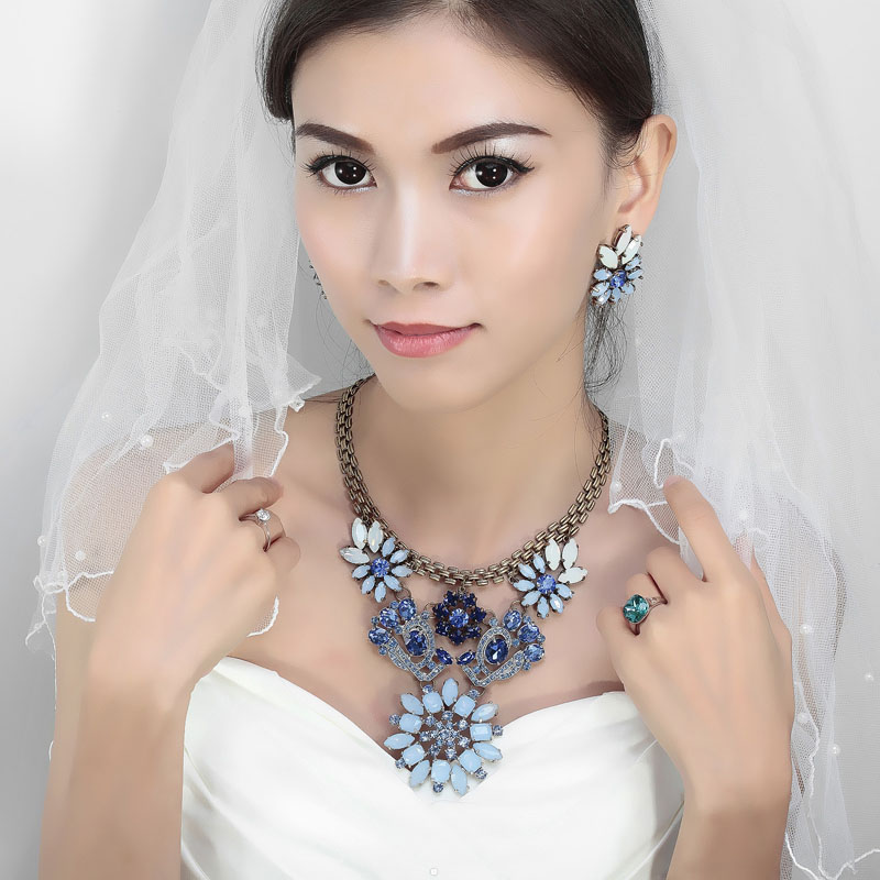copper statement jewelry, crystal bib necklaces, crystal statement jewelry and rhinestone statement jewelry